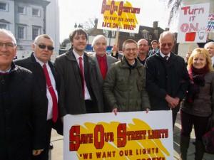 Harwich Labour backs street light protest